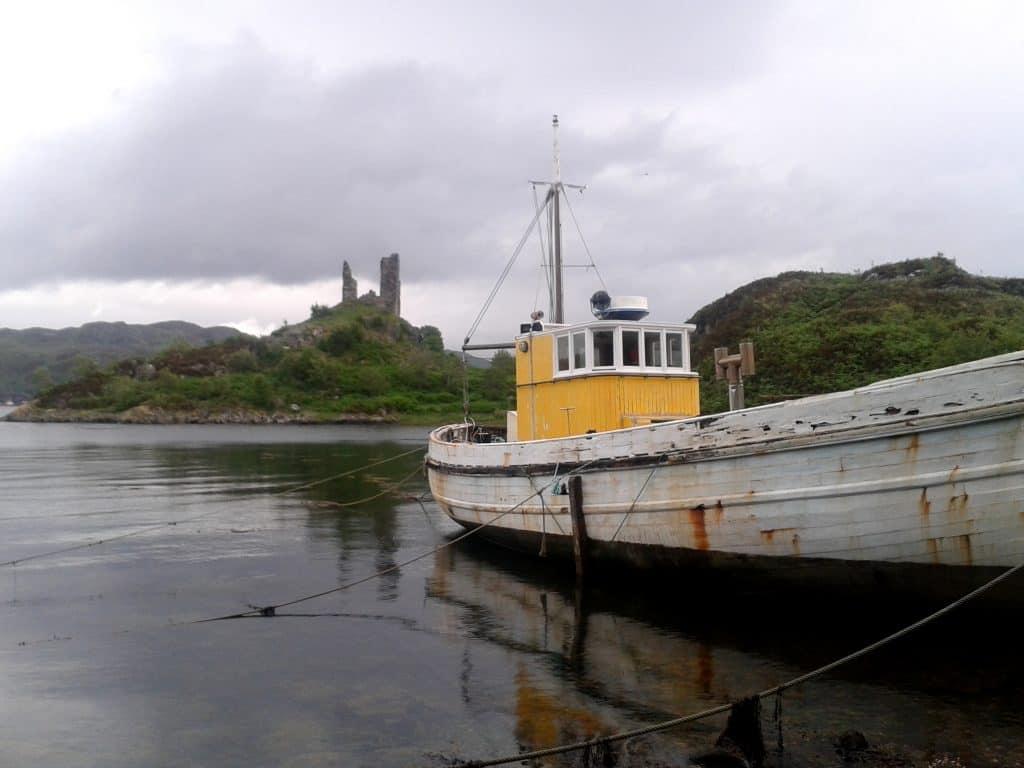 Isle of Skye castle & boat