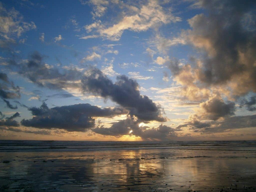 Western Australia sunset over the beach