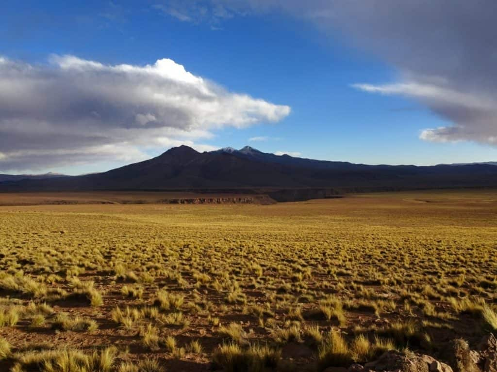 stunning Bolivian mountain landscape