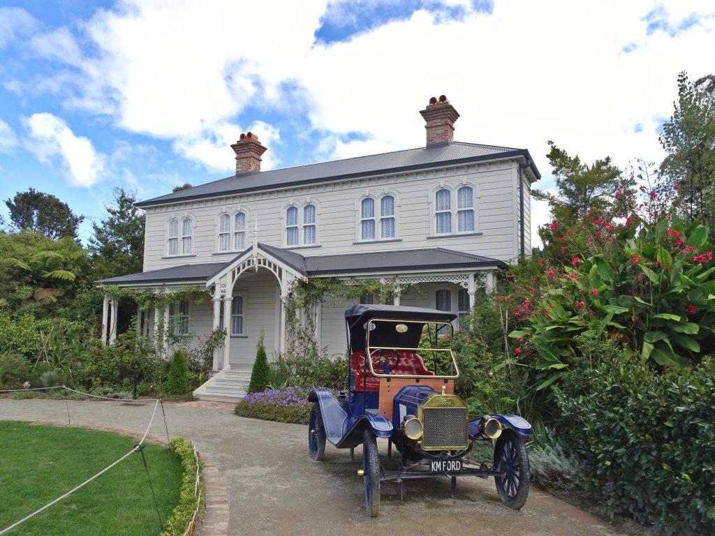Hamilton Gardens New Zealand House with historic car