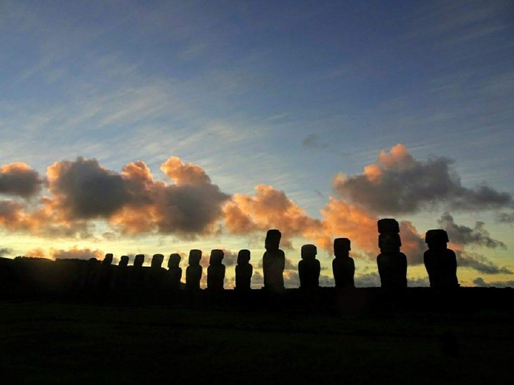 Sunrise behind Tongariki Moai, Easter Island Rapa Nui